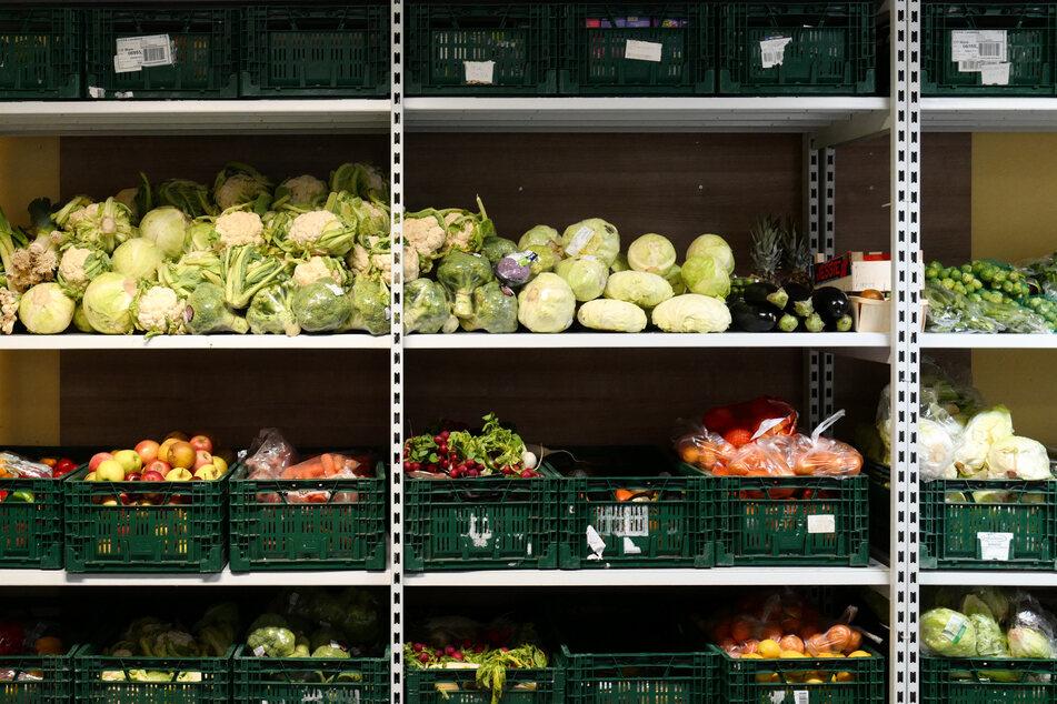 Die deutschlandweit rund 950 Tafeln verteilen überschüssige, aber qualitativ einwandfreie Lebensmittel an Menschen in Not. (Symbolbild)