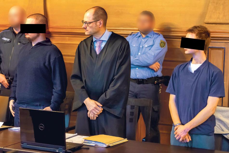 Markus U. (19, l.) und Joel G. (18) wurden zu Gefängnisstrafen verurteilt.
