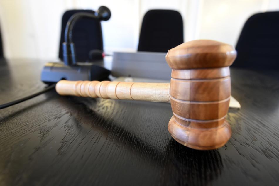 Das Gericht muss entscheiden, ob dem Mädchen ein Hinterbliebenengeld zusteht. (Symbolbild)