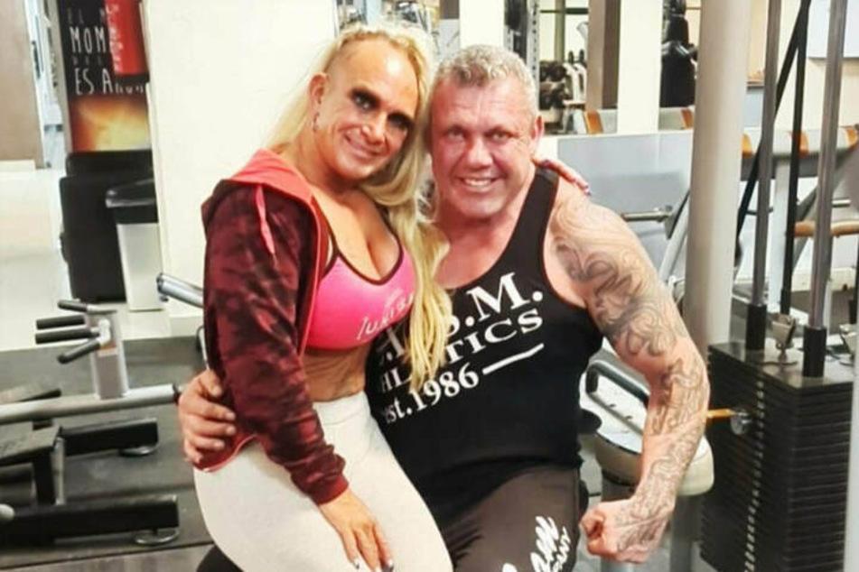 """Caroline (42) und Andreas Robens (55) werden auch weiterhin in der VOX-Show """"Goodbye Deutschland! Die Auswanderer"""" zu sehen sein."""