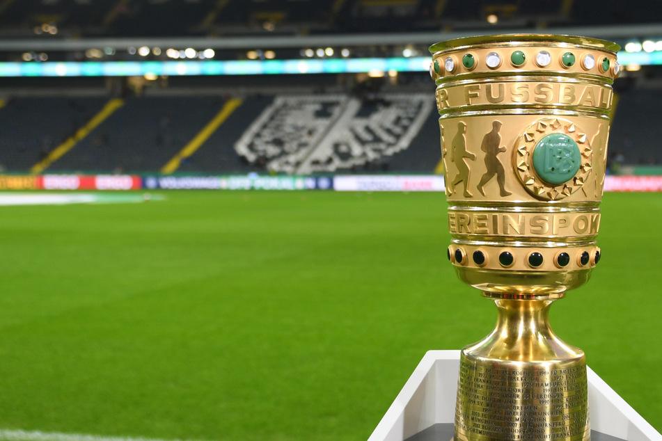 DFB-Pokal-Auslosung: Zweitligisten für Bayern und BVB, Topspiel Leverkusen-Frankfurt
