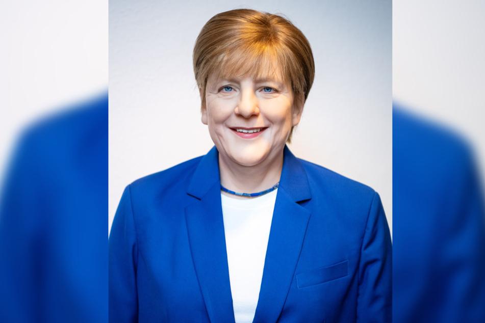Die Wachsfigur von Angela Merkel stand erst im Restaurant des Besitzers, nun zog sie in die CDU-Zentrale um.