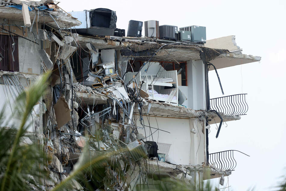 """Surfside building collapse: Engineer issued warning of """"major structural damage"""" years ago"""