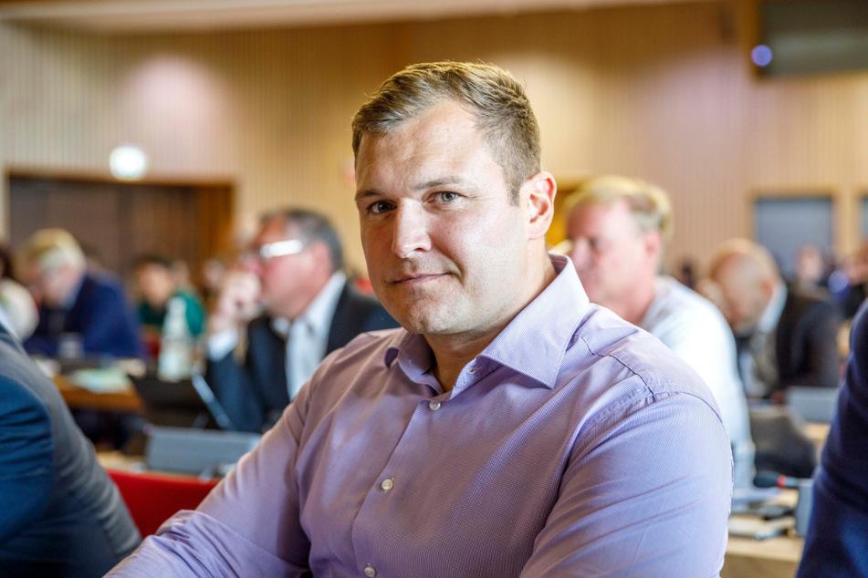 AfD-Stadtrat Thomas Ladzinski (32) will Einheimische beim Wohnen bevorzugen. (Archivbild)