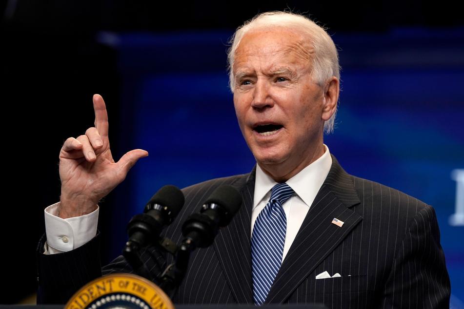 Einer Umfrage zufolge steht die Mehrheit der US-Amerikaner hinter dem neuen Präsidenten Joe Biden (78).