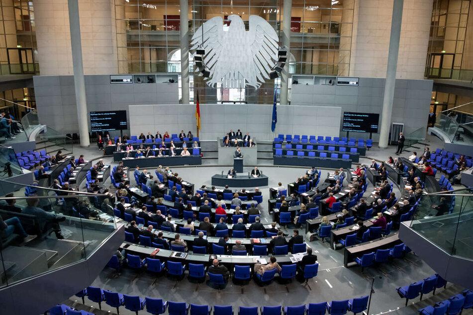 Alle Nachrichten und Hintergründe zu den deutschen Politikern hier zum Nachlesen.