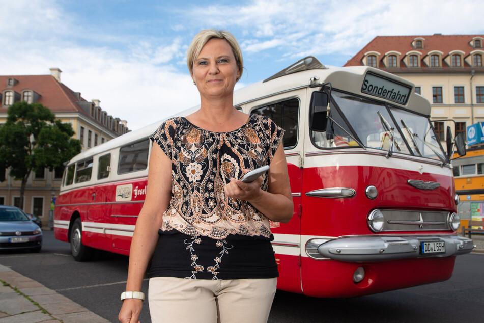 Ein Oldtimer für die Trauung: Hier wird jetzt im Ikarus-Bus geheiratet