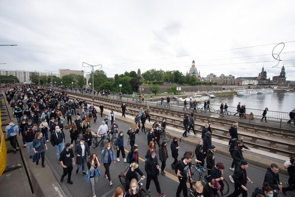 Wie sich das Demo-Geschehen vom gestrigen Samstag auf die Infektionen auswirkt, wird sich noch zeigen. Insgesamt 4000 Personen sollen an der Veranstaltung teilgenommen haben.