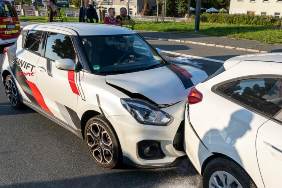 Bei dem Unfall in Rodewisch wurden zwei Personen verletzt.