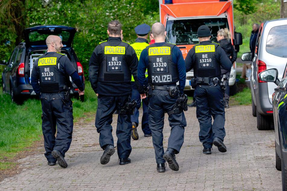 Berlin: Nach tödlicher Messerattacke in Berlin: 20-Jähriger stellt sich