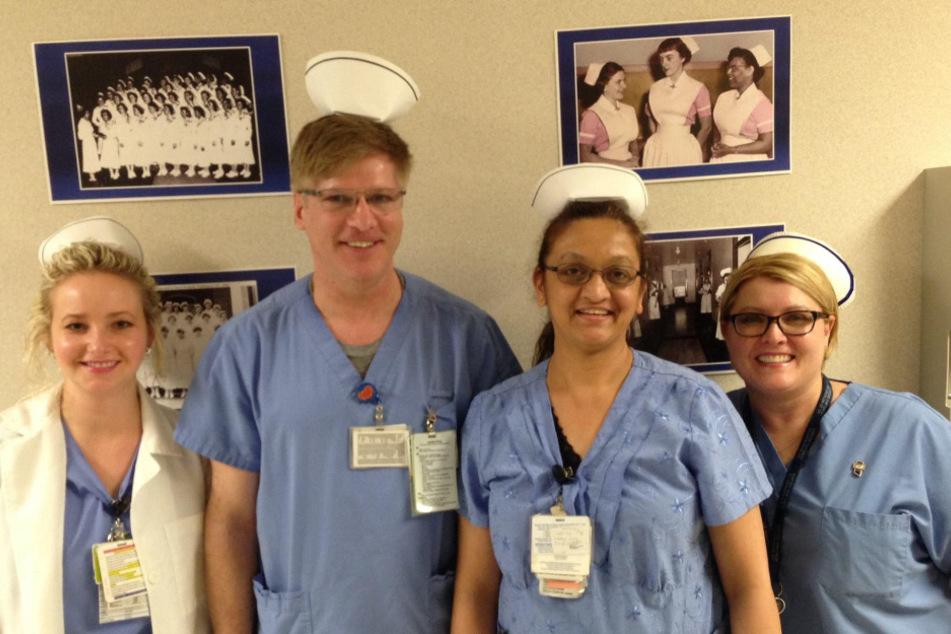 Lisa (ganz rechts im Bild) liebte ihren Job.