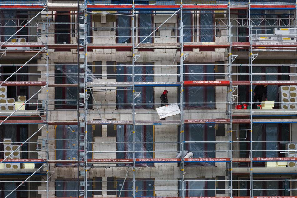 Beim Wohnungsbau in Baden-Württemberg gibt's Verzögerungen. (Symbolbild)
