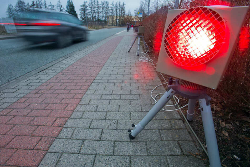 Chemnitz: Fuß vom Gas! Hier stehen vom 5. bis 9. April Blitzer in und um Chemnitz