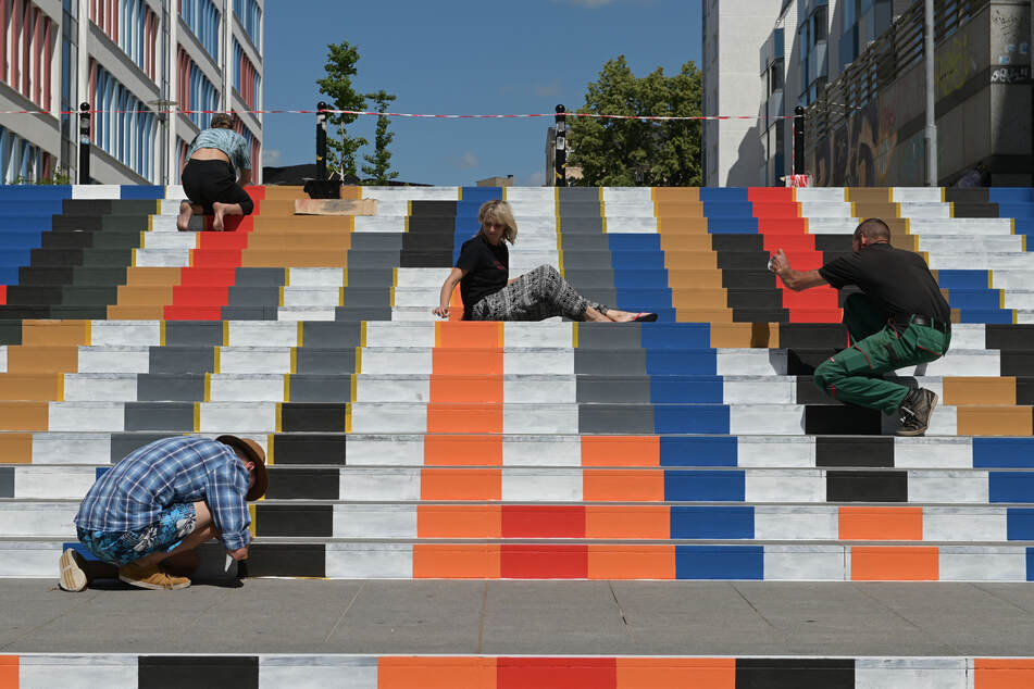 Plötzlich ist die Treppe bunt! In Chemnitz geht's aufwärts für die Kunst