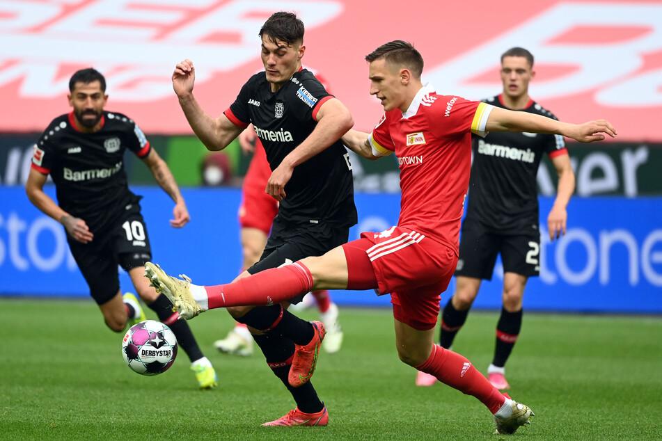 Das Spiel war in der ersten Hälfte völlig offen, sowohl Leverkusen als auch Union Berlin bemühten sich um die Vorherrschaft.