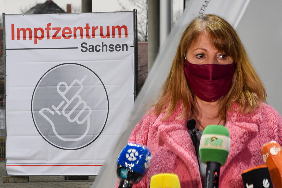 Dresden: Impfportal klemmt noch: Unter dieser Nummer können Sachsen Termine buchen
