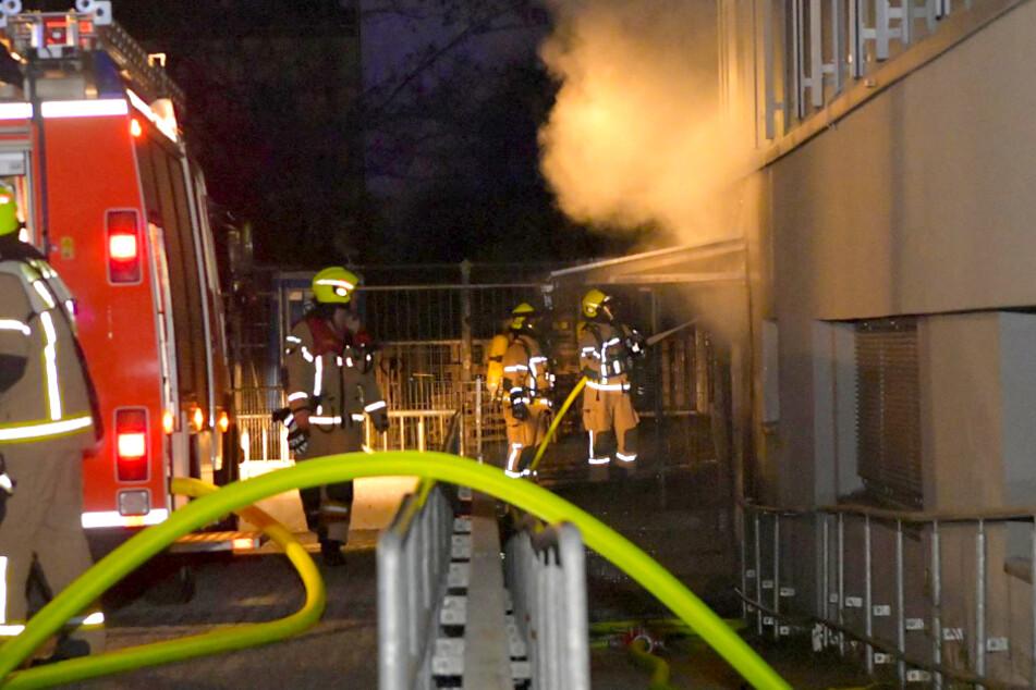 Berlin: Brandanschlag? Feuer an Berliner Jobcenter