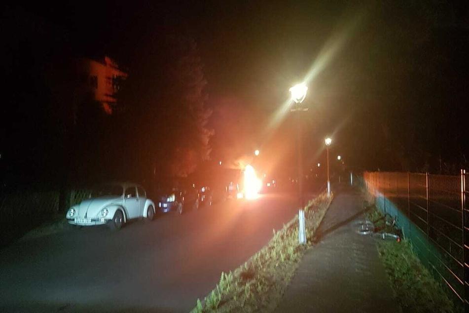 Schon von weitem ist der Brand in der Winterstraße deutlich zu erkennen. Der Brandgeruch war noch mehrere Kilometer entfernt wahrzunehmen.