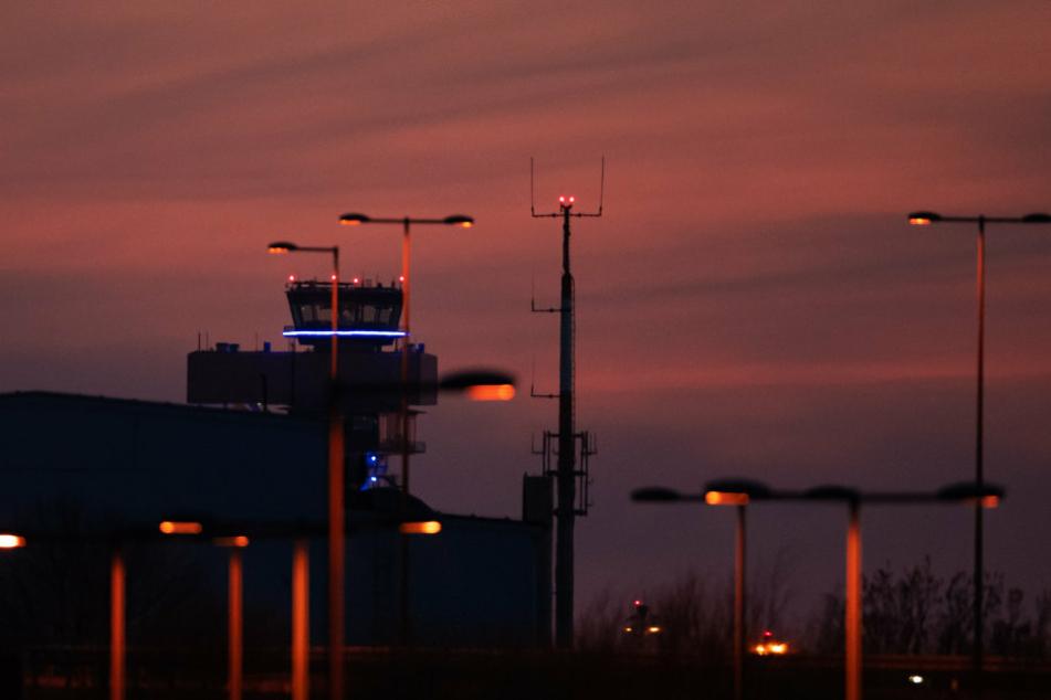 Baubehörde bestätigt: Pannen-Flughafen BER darf im Oktober öffnen!