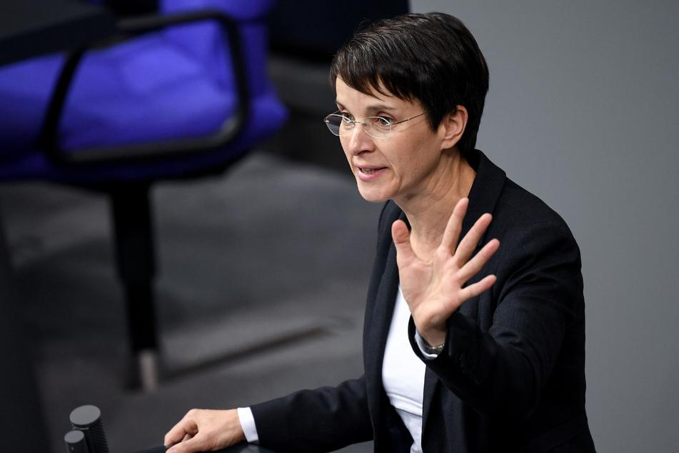 Frauke Petry (46), Anfang 2020 zunächst freigesprochen, muss sich ab Dienstag in Leipzig erneut wegen Steuerhinterziehung und Subventionsbetrugs vor Gericht verantworten. (Archivbild)