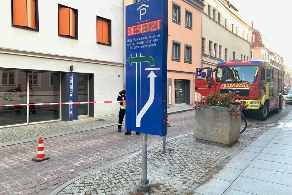 Das Parkhaus wurde nach dem Eintreffen der Einsatzkräfte abgeriegelt.