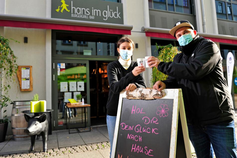 """Kleines Glück im Becher: Hier gibt es Glühwein """"to go"""""""