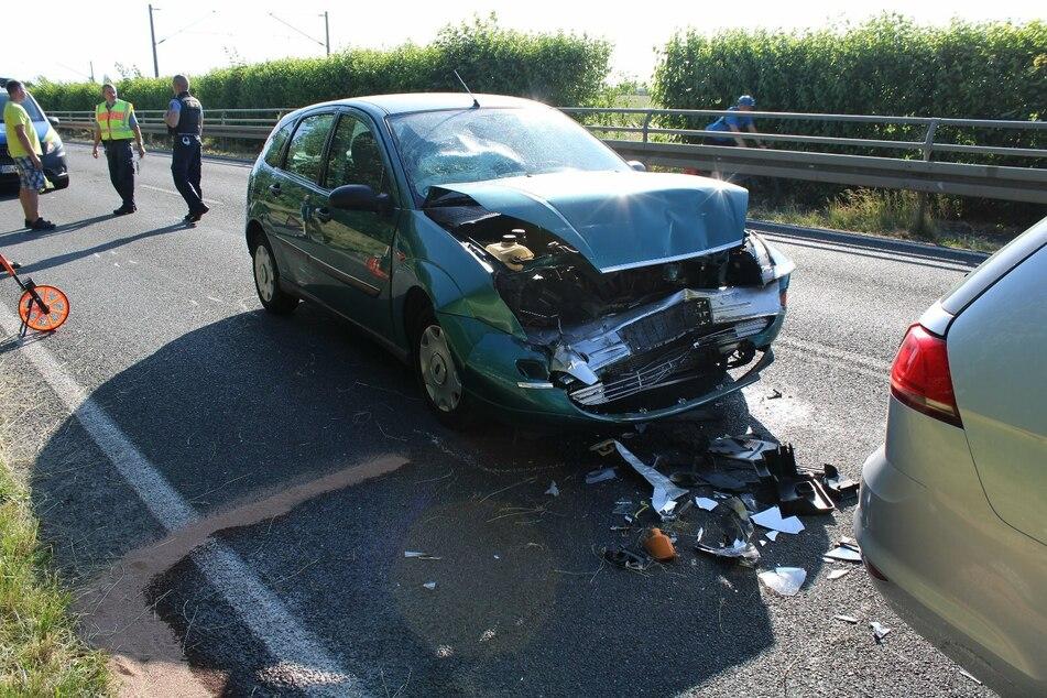 Sechs Verletzte bei Unfall von vier Autos auf der B87