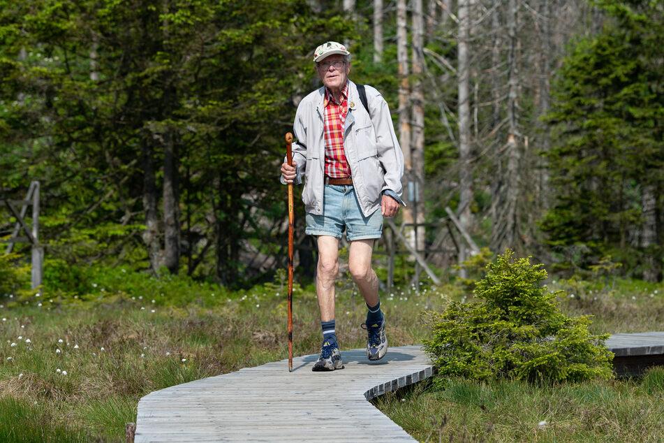 """""""Brocken-Benno"""" macht sich zum 88. Geburtstag selbst ein besonderes Geschenk."""