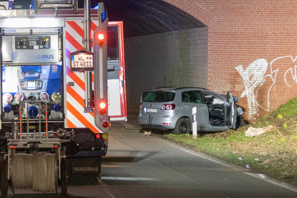 Tödlicher Unfall an Autobahn-Unterführung: Fahrer hat keine Chance