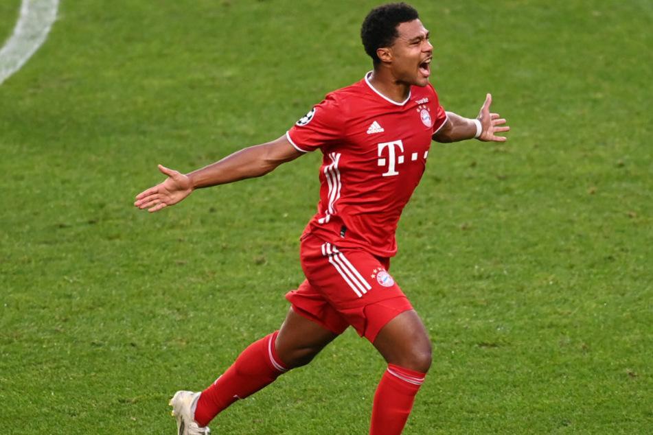 Starkes Tor! Serge Gnabry von FC Bayern München feiert den ersten Treffer seiner Mannschaft im José-Alvalade-Stadion.