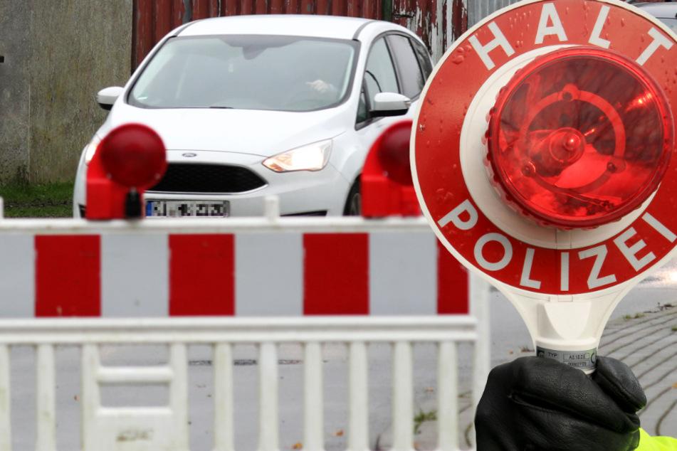 Die Polizei erstatte Anzeige gegen Vater und Sohn (Symbolbild).