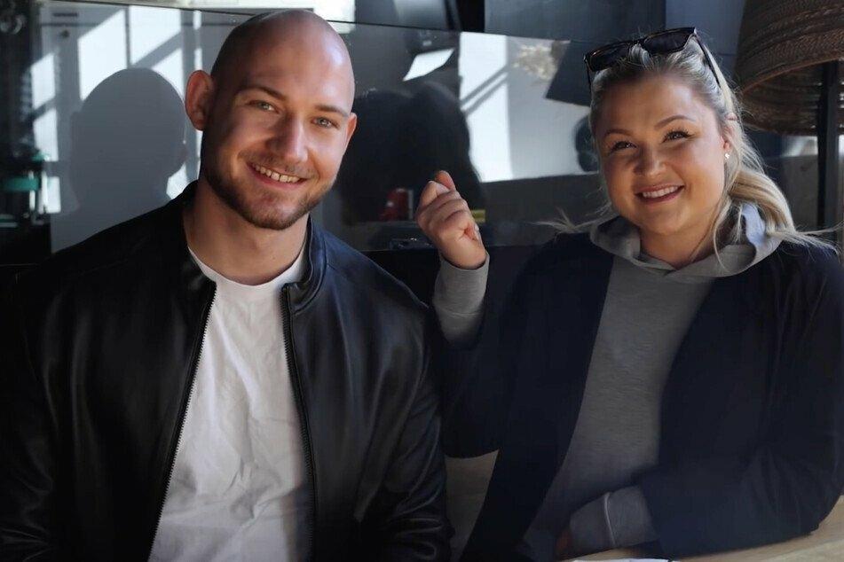 A principios de año Sophia Thiel junto con su novio Raphael.