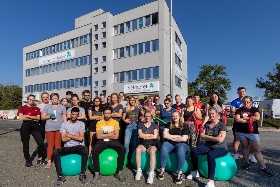 Die Physiotherapie-Azubis der Heimerer Schule in Zwickau wollen eine bundesweite Petition für Lehrlingsgeld starten.