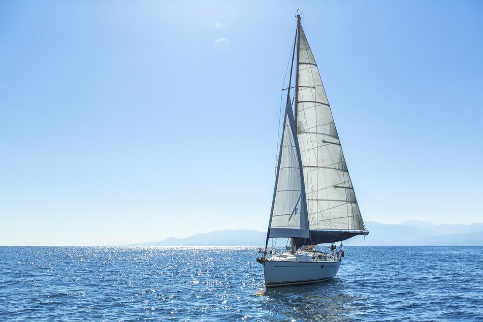 Mann will mit Yacht von Deutschland nach Spanien segeln und begeht verheerenden Fehler