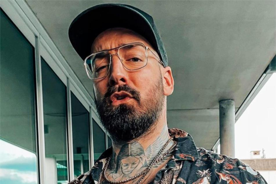 """Instagram bewertete die Aussagen des 36-Jährigen als """"Hassrede"""", löschte einige Storys und schmiss ihn kurzzeitig von der Plattform."""