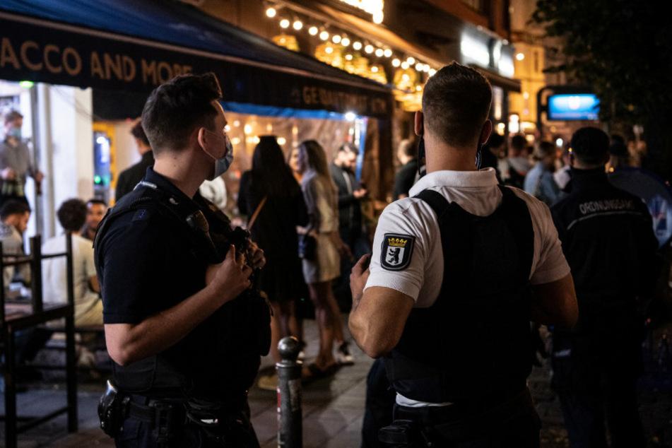 Corona-Fallzahlen in Berlin erneut kräftig gestiegen