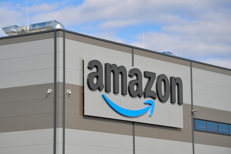 Wird möglicherweise Amazon der neue Trikotsponsor?