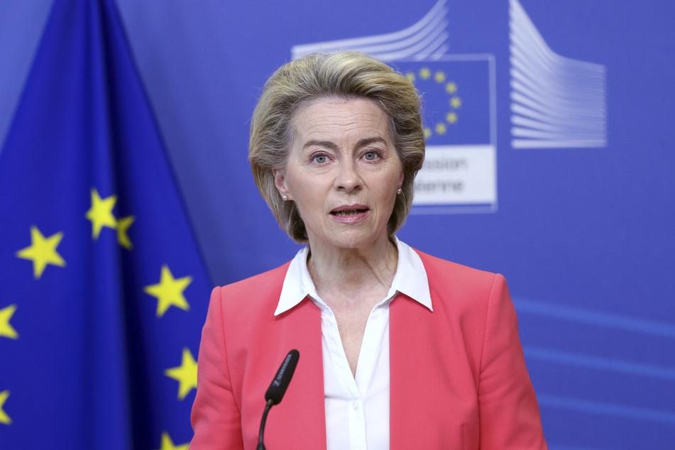 Ursula Von der Leyen (62), EU-Kommissionspräsidentin, spricht bei einer Pressekonferenz im EU-Hauptquartier.