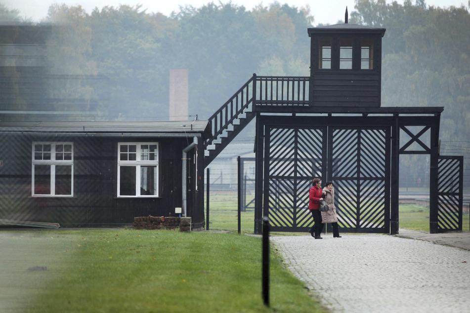 Prozess gegen Ex-KZ-Sekretärin (96) wegen Beihilfe zum Mord in Tausenden Fällen startet
