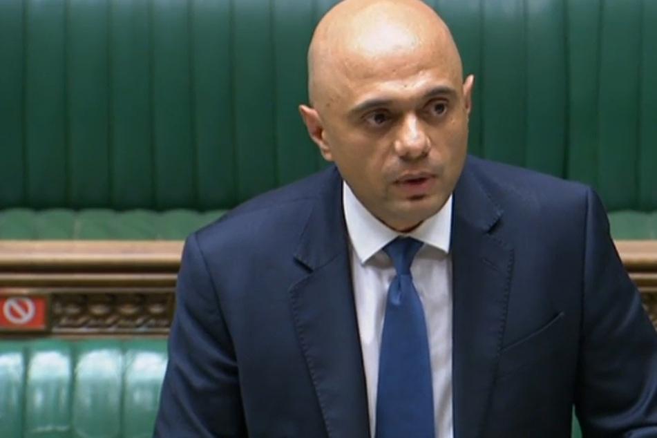 Großbritanniens Gesundheitsminister Sajid Javid (51) hat sich trotz Impfung mit Covid-19 infiziert.