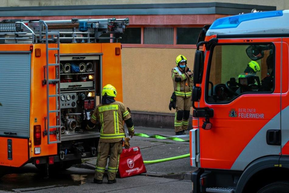 Die Berliner Feuerwehr musste gleich zweimal zum Einsatz ausrücken.