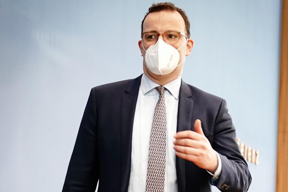 Bundesgesundheitsminister Jens Spahn (40, CDU) macht Impf-Hoffnung für Hausärzte.