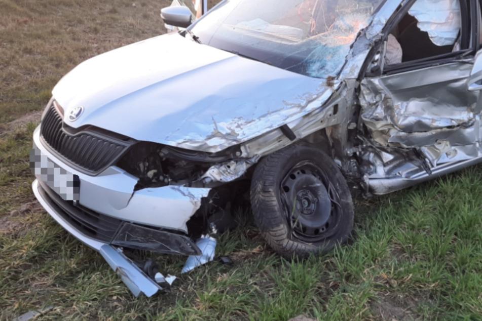Überholmanöver endet mit Crash: Beide Fahrer schwer verletzt