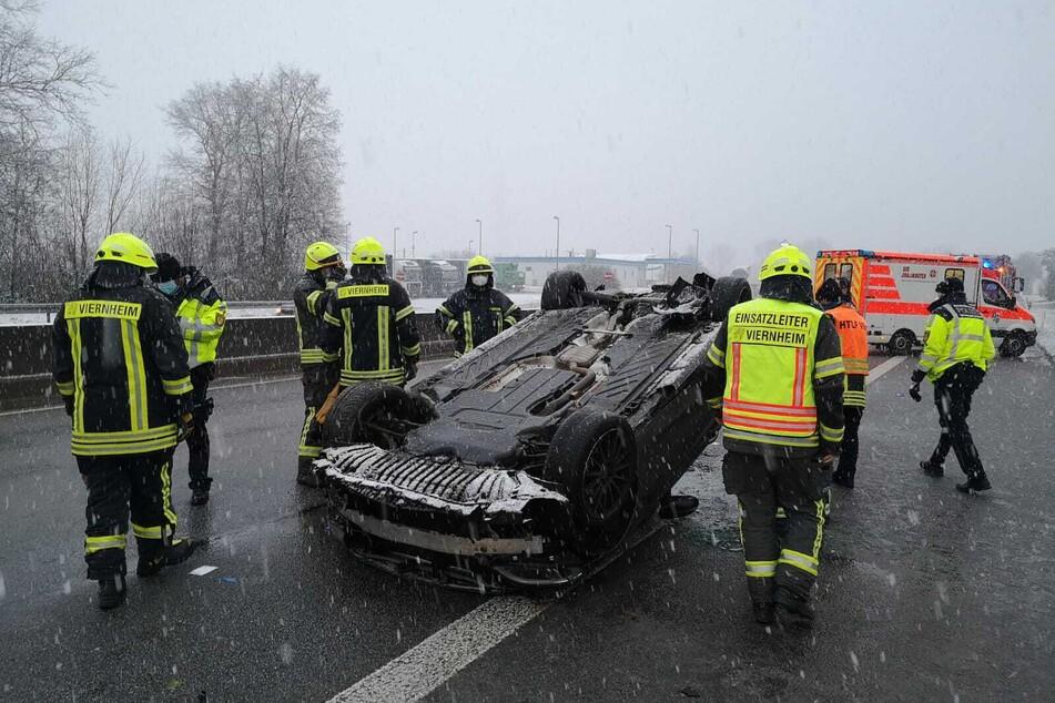 Laut Angaben der Polizei könnten völlig abgefahrene Winterreifen schuld an dem Unfall gewesen sein.