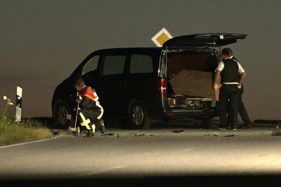 Der 21-Jährige verstarb noch an der Unfallstelle.