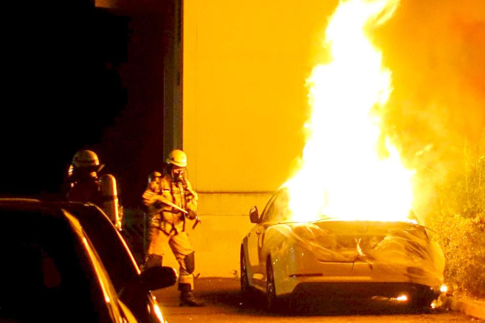 Schon wieder angezündet: Auto brennt zweimal in zwei Tagen!