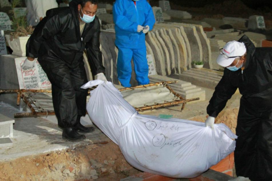 Bootsunglück im Mittelmeer: Zahl der Toten auf 61 gestiegen!