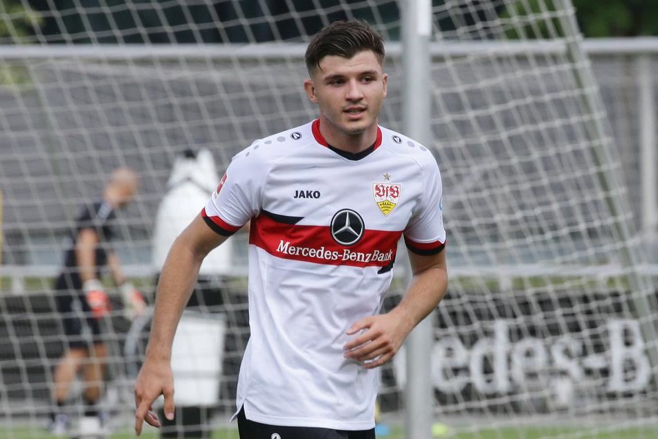 Innenverteidiger Antonis Aidonis (20) vom VfB Stuttgart soll angeblichin der kommenden Saison für Dynamo Dresden auflaufen.