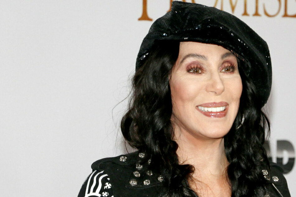 Not Strong Enough for the USPS? Cher's bid to become postal volunteer rejected