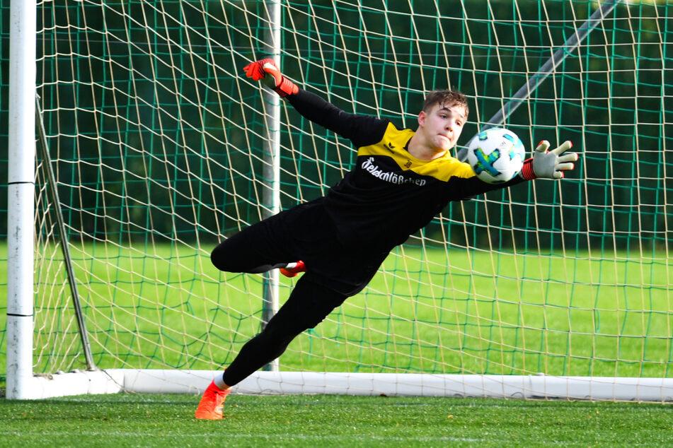 Mika Schneider (20) trainierte mehrfach bei Dynamo Dresdens Profis mit. Für den großen Durchbruch reichte es aber nicht.
